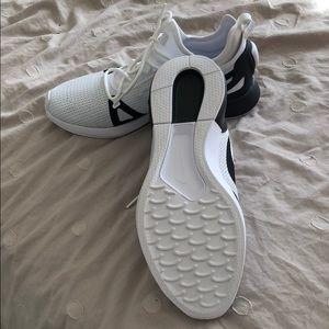 Nike Shoes - Men's Duel Racer running shoes SZ 10